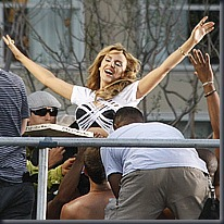 Kylie Minogue, Big Pictures